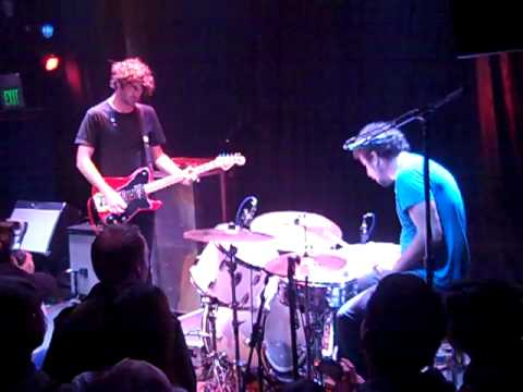 Japandroids - Darkness On The Edge Of Gastown