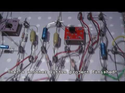 Philips EE2003 : Build a radio (time lapse video for the main build) - 70s Electronics kit.