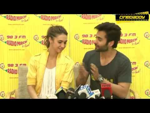 Jackky Bhagnani & Lauren Gottlieb Promote Welcome To Karachi Movie @ 98 3 Radio Mirchi ! PART 2