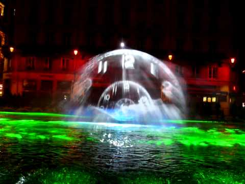 3D projection with the help of water drops