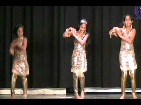 Achyutha's Dance For Singam Movie Song video