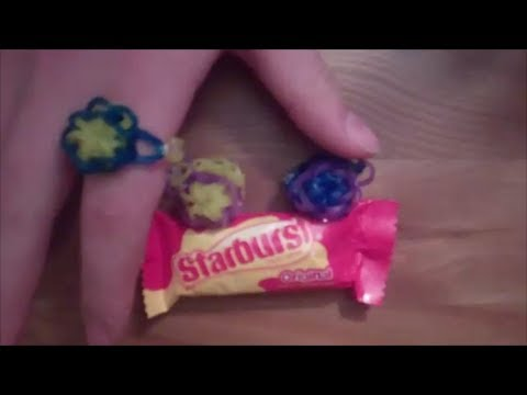 How to Make a Starburst Rubber Band Ring with a Rainbow Loom - EASY!