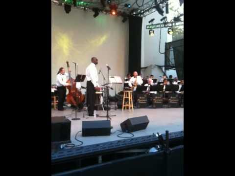 RON ALLEN's Harlem Renaissance Orch performing TOPSY