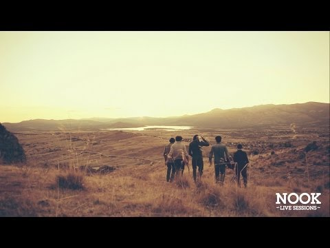 Thumbnail of video IZAL - Agujeros de gusano (Nook Live Session) - HD