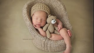 Newborn Baby Jax in Lion Costume by Ana Brandt