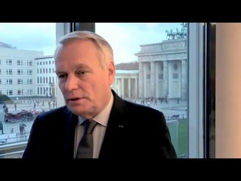 Ex-Premier Jean-Marc Ayrault in Berlin zur Integration