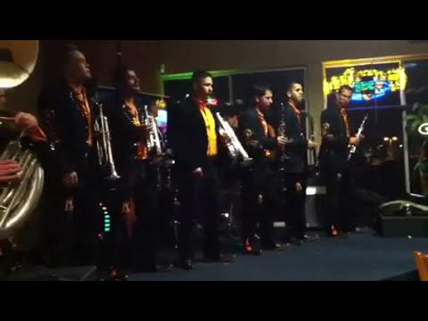 Banda Los Nuevos miravalle en mi lindo Michoacán