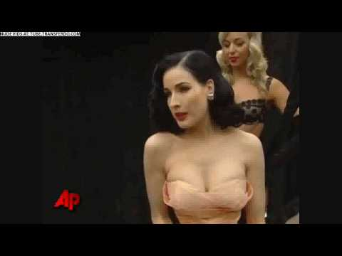sexy erotic striptease - Dita Von Tees Burlesque Dance Show star stripper ...