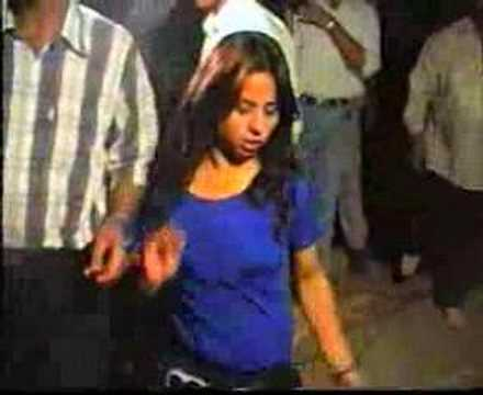 Afghan Kandahari Pashton girls dance for Iranians - farsi