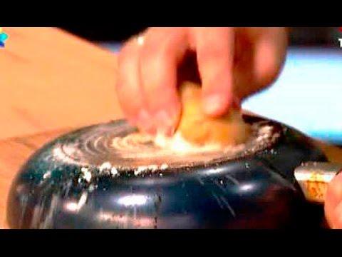 Как почистить жир, нагар, копоть со сковороды или кастрюли после готовки.