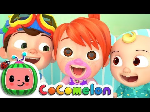 Laughing Baby with Family | Cocomelon (ABCkidTV) Nursery Rhymes & Kids Songs