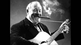 Burl Ives I Know An Old Lady