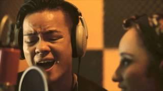 Download Lagu Putra Putri Papua (Elijah & Wilke) Gratis STAFABAND