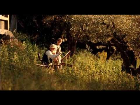 Renoir - Tráiler español (doblado)