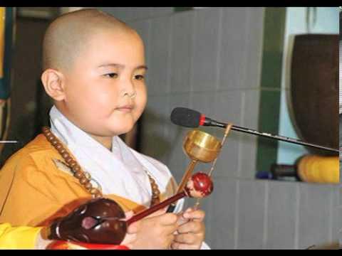 Chắp Tay Niệm Phật Di Đà