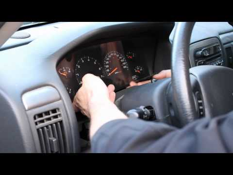 HOW TO: Change Instrument Cluster Lights - Jeep 2004 WJ Grand Cherokee (dash console bulbs) 99-04