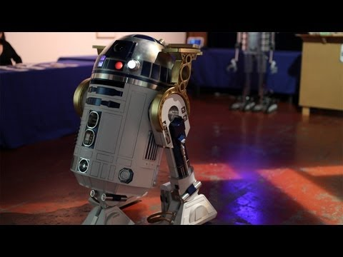 Robot Bartenders of BarBot 2013 Serve Up Drinks