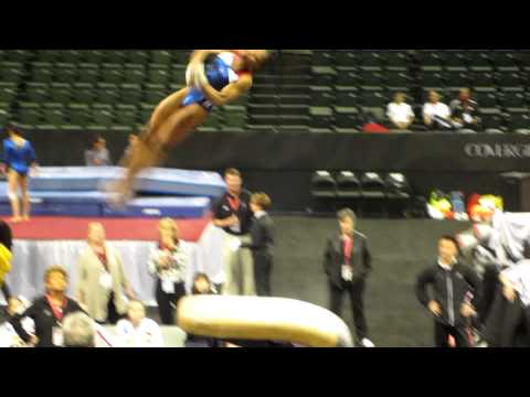 Gabby Douglas - 2012 Kellogg&#039;s Pacific Rim Championships Podium Training - Vault