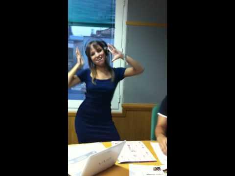 Carla Lladó bailando Danza Kuduro