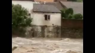 Homem salta nas águas do Rio Paraíba do Meio - ALNT