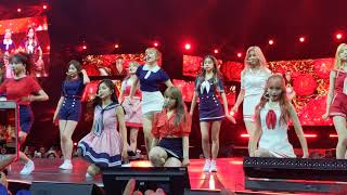 Download lagu [FANCAM] 190706 IZ*ONE - La Vie En Rose (라비앙로즈) @ KCON NY 2019