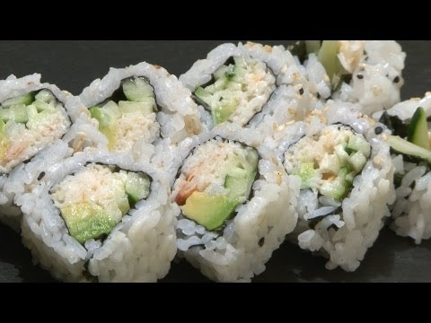 Como preparar California Roll / How to Make California Roll Clases de sushi en Valencia