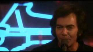 Watch Neil Diamond Amazed And Confused video
