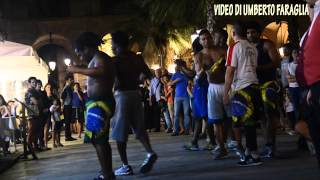 The Best Capoeira on the streets of Barcelona Spain -Tourist Information video Umberto Faraglia