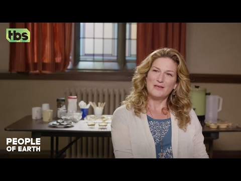 People of Earth | Gina Interview | TBS