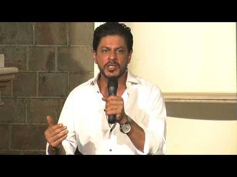 Shahrukh Khan Wants Aamir Khan's Dhoom 3 To Break Records