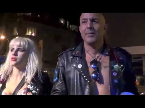 *ReW & WhO?* CaRoLeeN on the sCeNe & the BaRb WiRe DoLLs in NYC