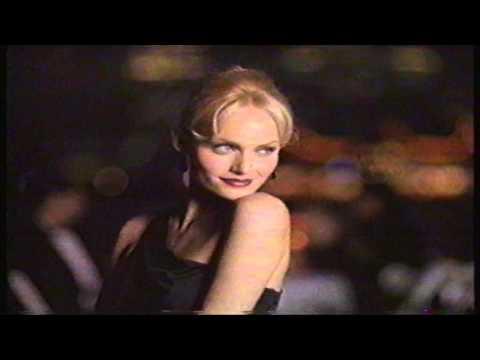 Amber Valletta 1996