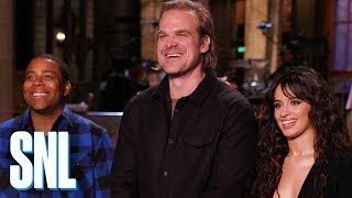 David Harbour Gets a Spanish Lesson from Camila Cabello - SNL