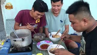 """Tâm xe ôm hạnh phúc khi được Khương Dừa """"gả"""" cho một đại gia hải sản???!!!"""