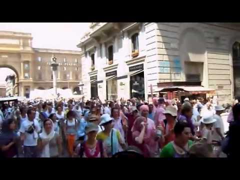 Do you Believe it - Huge Hare Krishna Hindus in Italy
