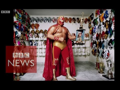 Mexico's 'real life superheroes' - BBC News