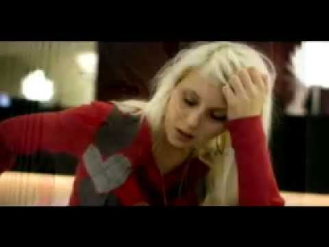 Amanda Jenssen - I Cant Sleep