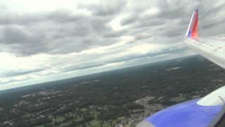 Southwest Airlines 737-700 landing Akron-Canton