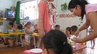 Tổ chức sinh nhật cho các bé lớp mầm