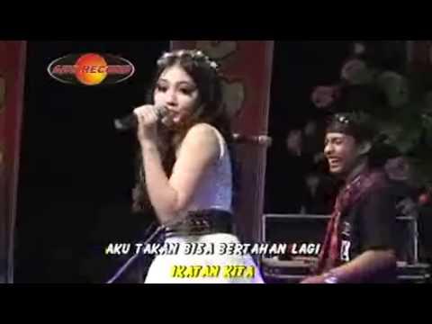 Via Vallen - Lepaskan (Official Music Video) - The Rosta - Aini Record