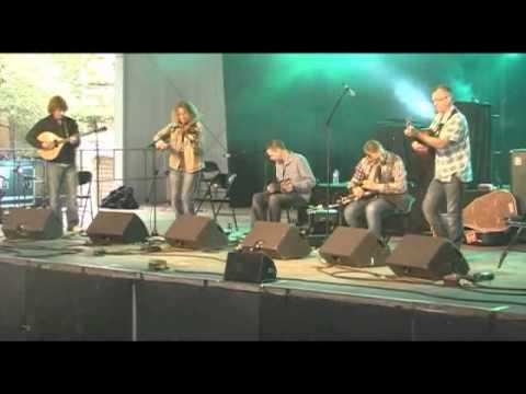 Guidewires at Festival de Cornuaille July 2011