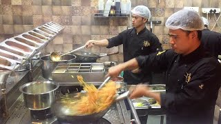 Fastest Chinese food Noodles chef in the world