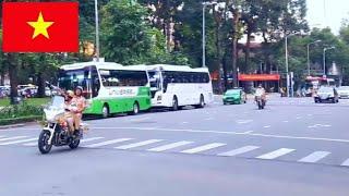 CSGT dẫn đoàn đánh võng chuyên nghiệp ngăn các phương tiện vượt đoàn ưu tiên