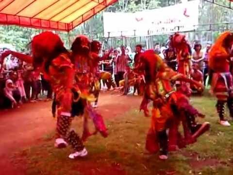 Jathilan Turonggo Mudho Pencitrejo, Terong, Dlingo, Bantul ( Gedrug Trah Mungker).mp4 video