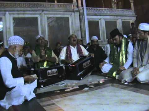 Fareed Ayaz Qawwal In   Dergha Hzt Nizamuddin Delhi 2011 video