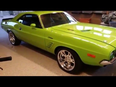 Challenger R/T pro-touring auto appraisal Detroit 360 fuel injected