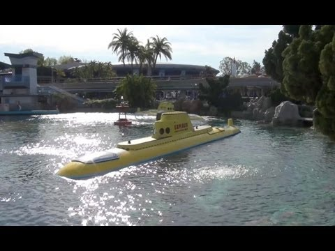 Finding Nemo Submarine Voyage Complete Attraction Ride Through Disneyland California 1080p HD