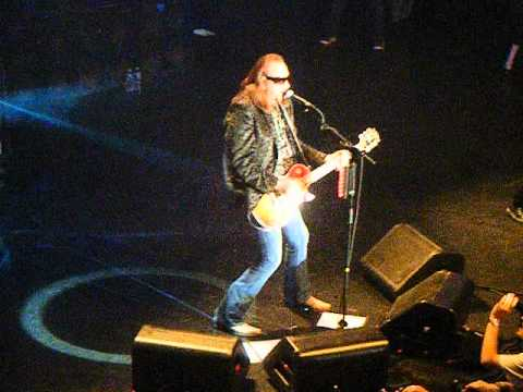 Ace Frehley - Rip It Out - Best Buy, NYC 7-11-2012