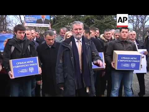 Ultra-nationalists rally against Serbia joining the European Union