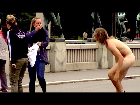 Naked Guy Picking Up Girls
